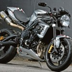 2012 'Ace Cafe' 675CR Street Triple Limited Edition_1