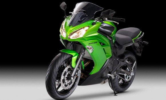 2012 Kawasaki Ninja 650R Review_10
