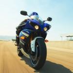 2013 Yamaha YZF-R1_17