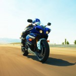 2013 Yamaha YZF-R1_18