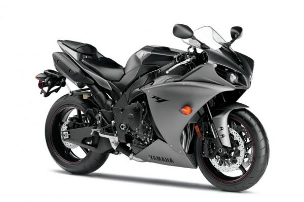 2013 Yamaha YZF-R1_35