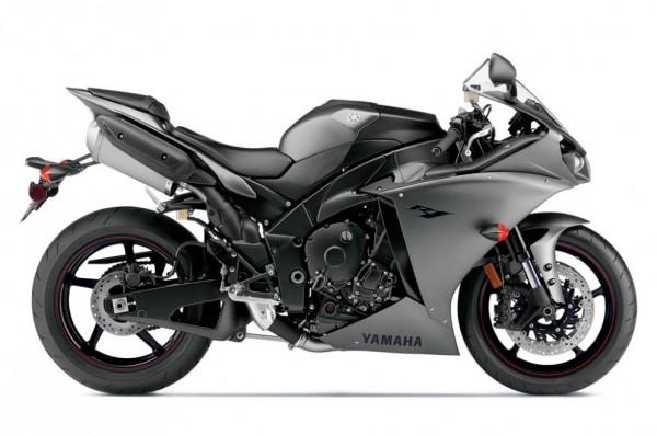 2013 Yamaha YZF-R1_37