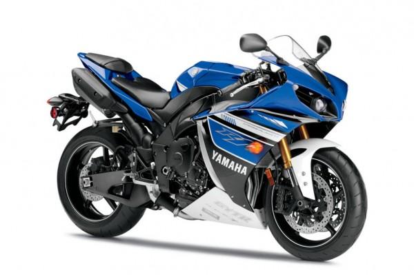 2013 Yamaha YZF-R1_39