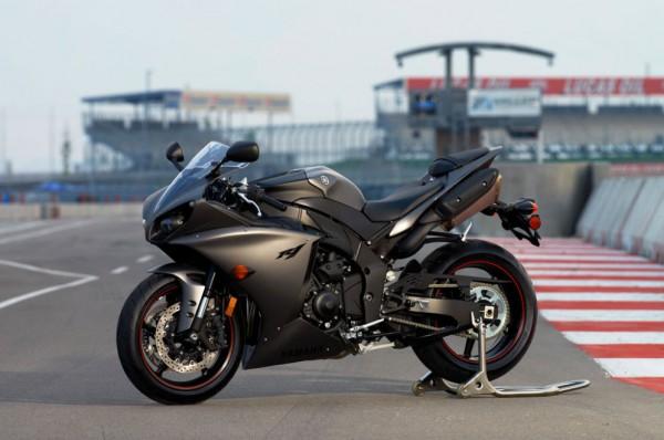 2013 Yamaha YZF-R1_5