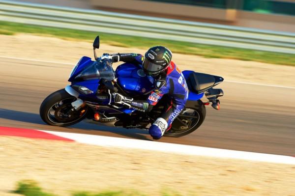 2013 Yamaha YZF-R6_24