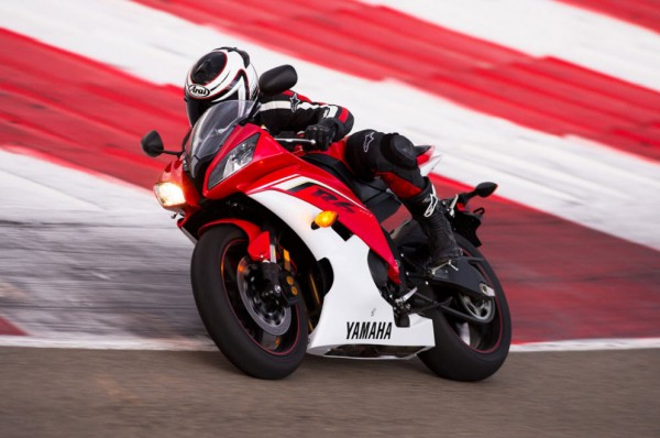 2013 Yamaha YZF-R6_3