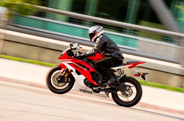 2013 Yamaha YZF-R6_8