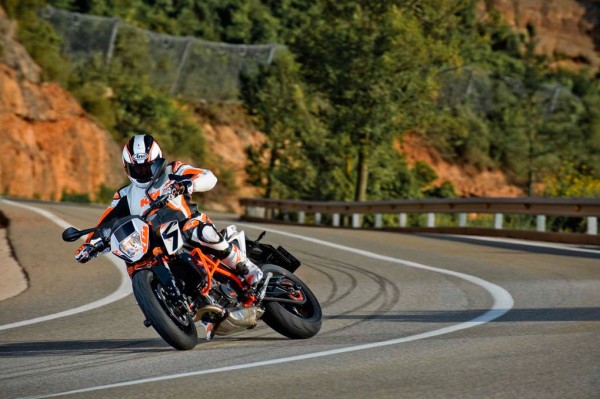 More Pictures of 2013 KTM 690 Duke R_8