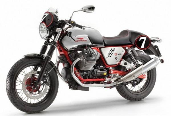 2013 Italian V-twin Moto Guzzi V7 Racer_4