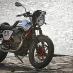 2013 Italian V-twin Moto Guzzi V7 Racer_7
