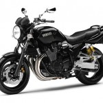 2013 Yamaha XJR 1300 Black_3