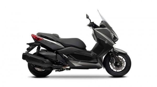 2013 Yamaha X-Max 400 Maxi-scooter Matt Gray_1