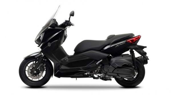 2013 Yamaha X-Max 400 Maxi-scooter Midnight Black_5
