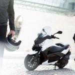 2013 Yamaha X-Max 400 Maxi-scooter_17