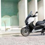 2013 Yamaha X-Max 400 Maxi-scooter_2