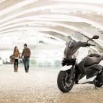 2013 Yamaha X-Max 400 Maxi-scooter_20
