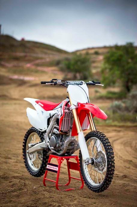 2014 Honda CRF250R In Action_16