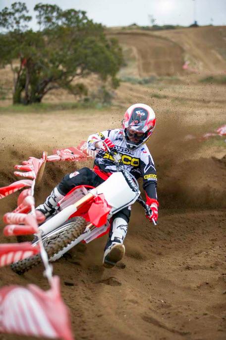 2014 Honda CRF250R In Action_23