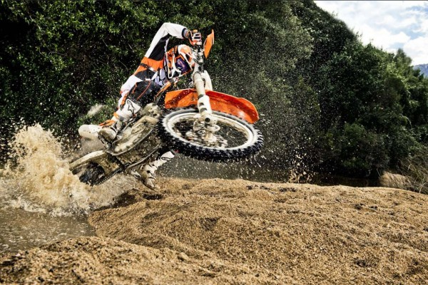 2014 KTM EXC in Action_10