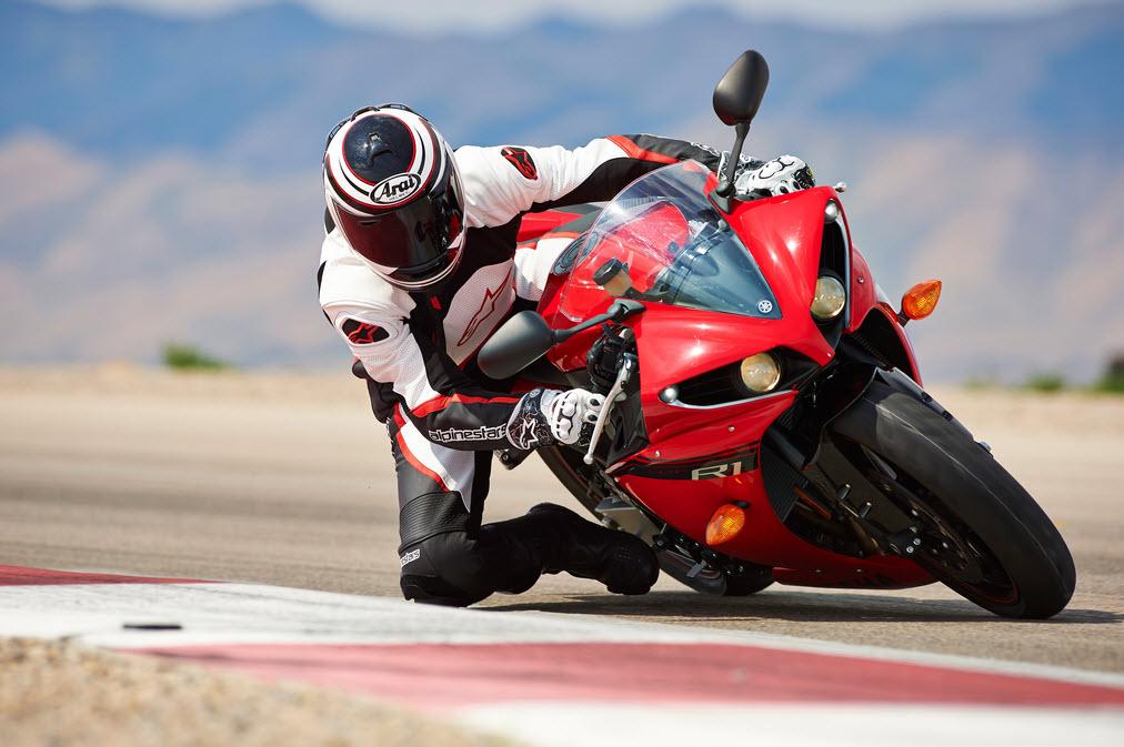 Yamaha R1 Red 2014 » 2014 Yamaha YZF...