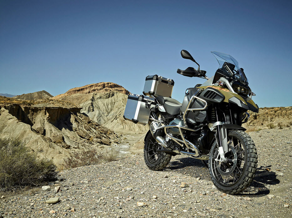 2014-BMW-R1200GS-Adventure-In-Action_4.j