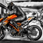 2014 KTM 1290 Super Duke R Official Pics and Specs