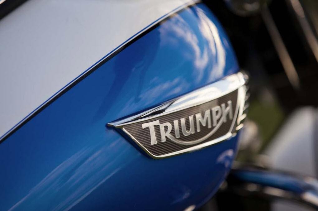 2014 Triumph Thunderbird LT_4