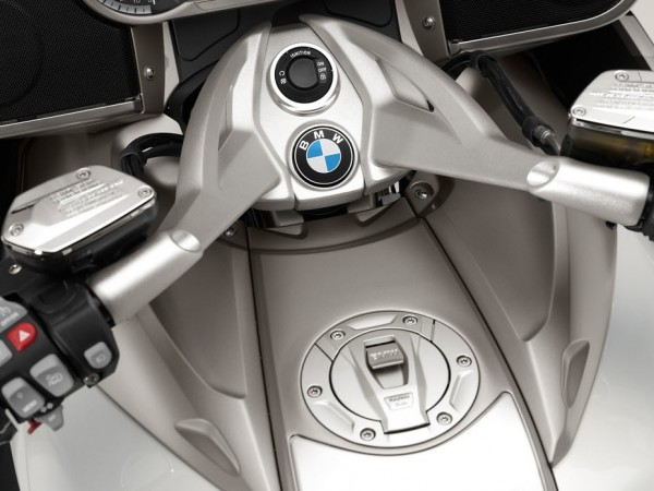 2014 BMW K1600 GTL Exclusive Haddle Detail