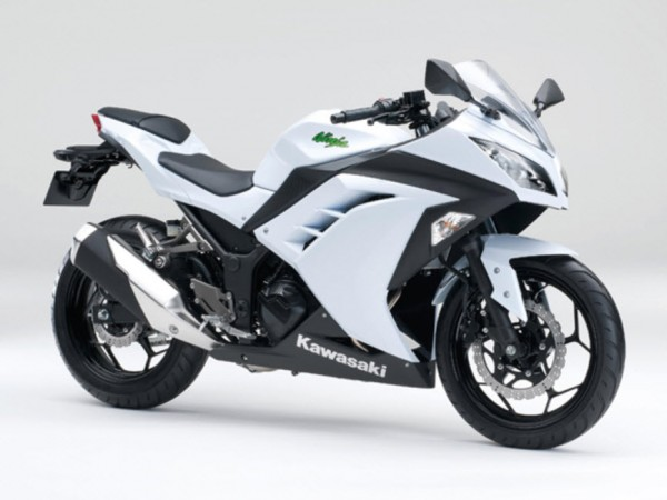 2015 Kawasaki Ninja 250 Pearl Stardust White