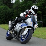 BMW HP4 with New ABS Pro_2