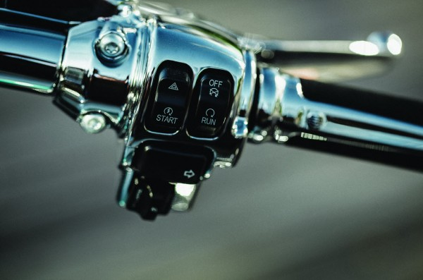 2015 Harley-Davidson CVO Softail Deluxe Detail_4