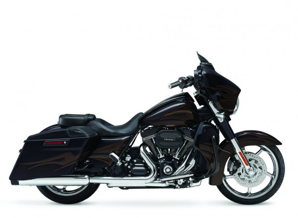 2015 Harley-Davidson CVO Street Glide_6