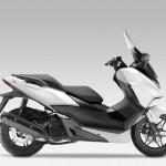 2015 Honda Forza 125 Matt Pearl Cool White with Black_1