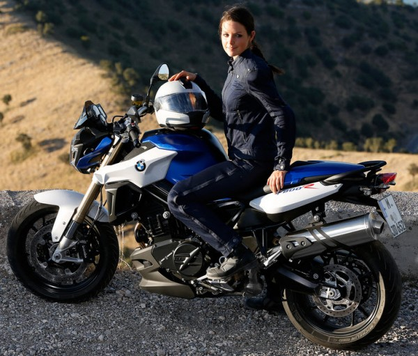 2015 BMW F800R In Action_12