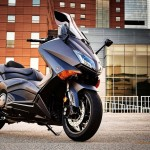 2015 Yamaha TMAX In Action_11