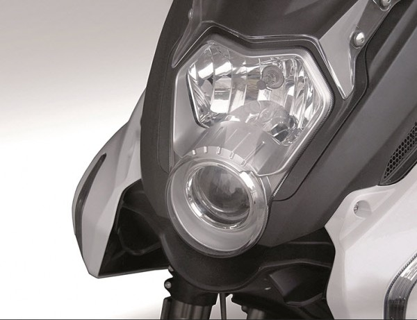 2015 Benelli BN 600GT Headlamp
