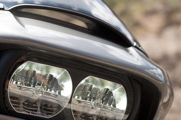 2016 Harley-Davidson Road Glide Ultra LED Headlamps
