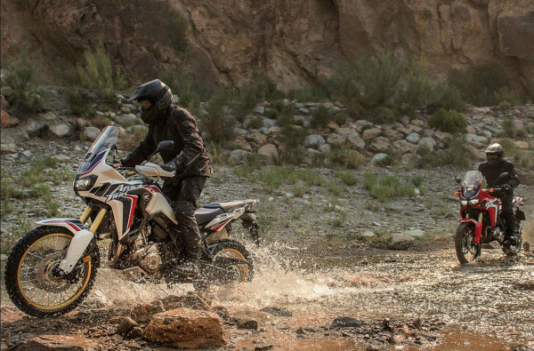 2016 Honda CRF1000L Africa Twin In Action_1