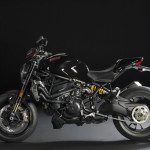 2016 Ducati Monster 1200R Black_3