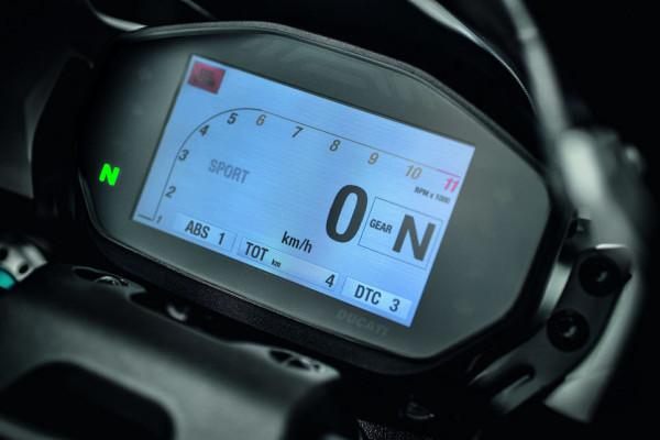 2016 Ducati Monster 1200R Instrument Display