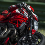2016 Ducati Monster 1200R in Action_7