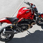 2016 Ducati Monster 1200R in Action_8