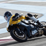 Yamaha YZF-R1 60th Anniversary Edition in Action_2