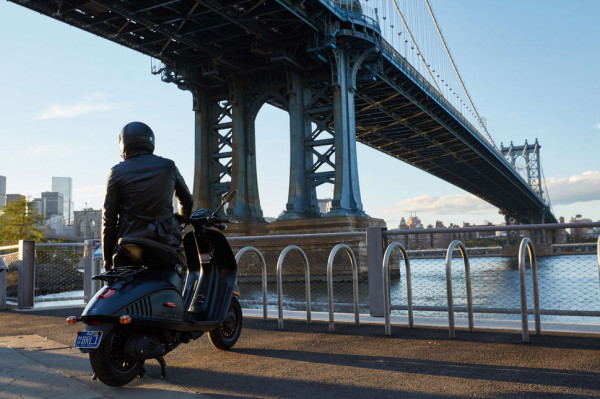 Vespa 946 Emporio Armani is Now Available in the U.S_4