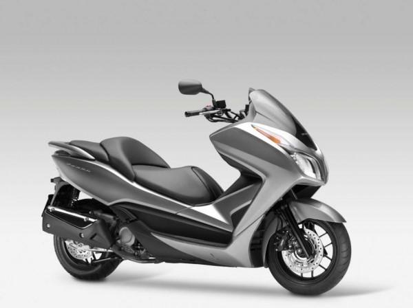 2013 Honda NSS300 Forza Scooter_15