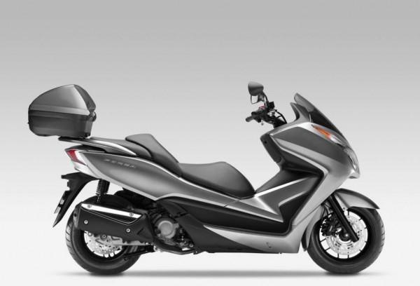 2013 Honda NSS300 Forza Scooter_2